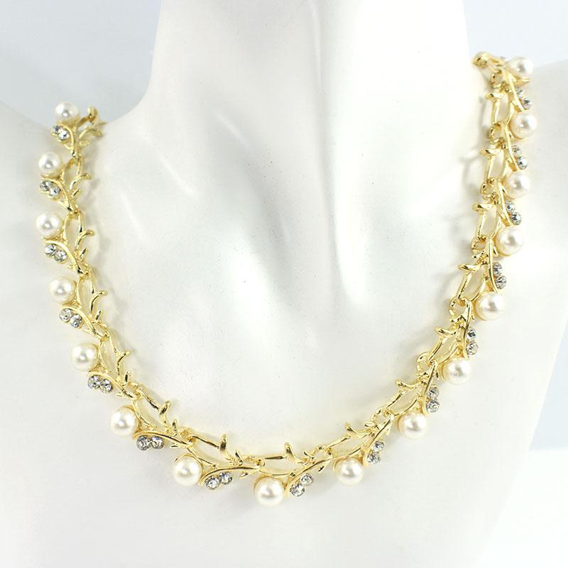 HTB1mGGVSFXXXXXFXpXXq6xXFXXX0 Luxurious Pearl And Crystal Wedding Party Jewelry Set - 5 Colors