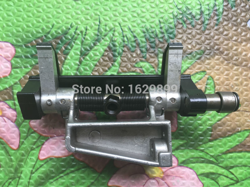 1 piece Free shipping feed gripper assembly for Heidelberg GTO spare parts, gto feerder head china post free shipping feed gripper assembly for gto heidelberg gto machine spare parts
