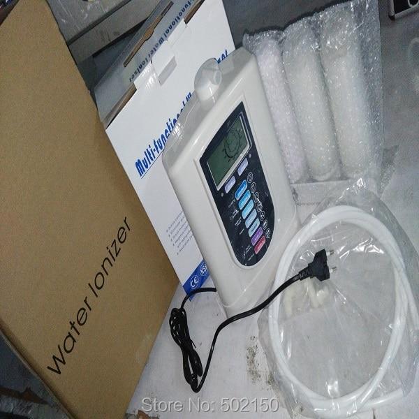 Une pile alcaline ioniseur d'eau machine modèle WTH-803 et un PH testeur