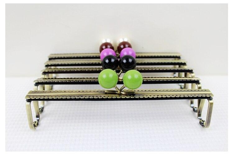 10 Pz/lot19cm Candy Bead Testa Verde Bronzo Borsa Del Metallo Bacio Clasp10 Colori Kf14 Spedizione Gratuita