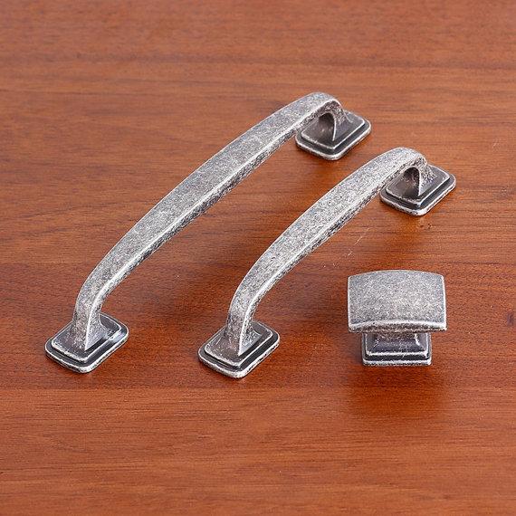 """3.75"""" 5"""" Cabinet Pulls Door Handles Knobs Drawer Pulls"""