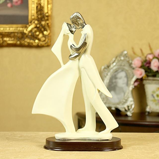 European Wedding Cake Topper Couple Romantic Groom Bride Gift ...
