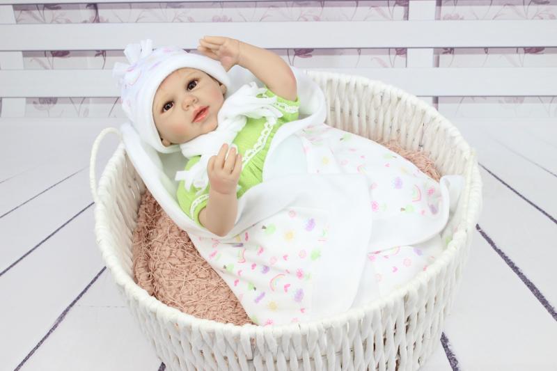 d38c95b584 55 cm de 22 polegada de Silicone Bebê Reborn Boneca Brinquedos Para Meninas  Handmade Bebê Recém-nascido Presnet Casa de Jogo de Presente de Aniversário  ...