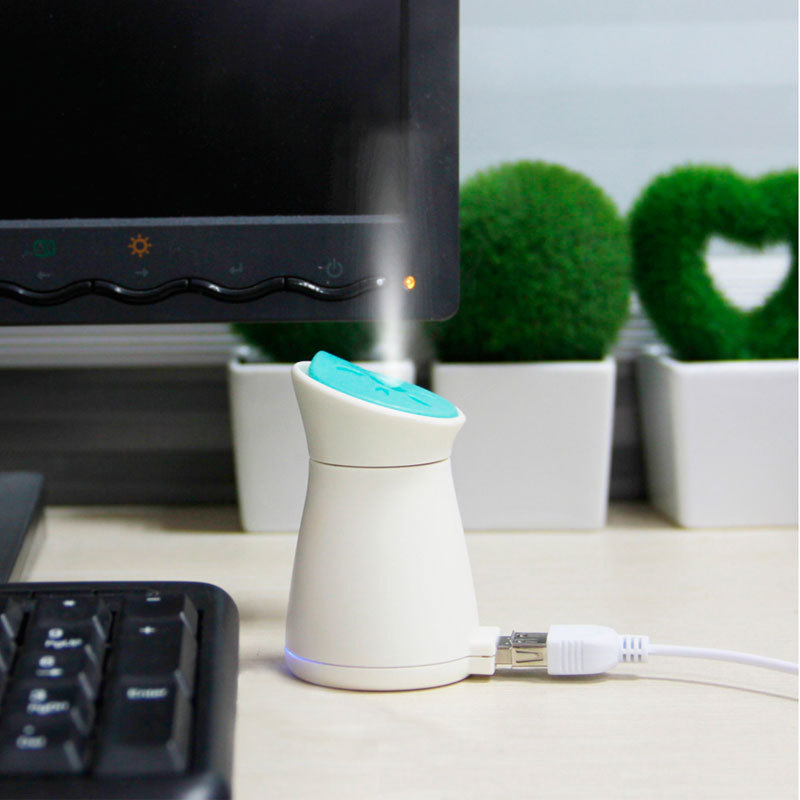 2018 Hot Creative home mini aromatherapy air humidifier office mute USB plug-in small car air purifier floor style humidifier home mute air conditioning bedroom high capacity wetness creative air aromatherapy machine fog volume