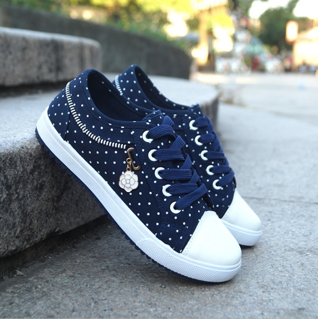Blue Dot Tennis Shoes 2