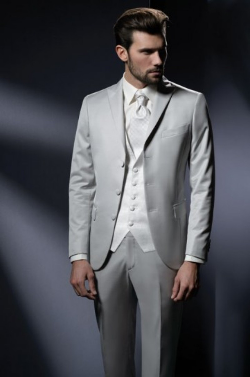 87994253cf1 Custom Made Groom Tuxedos Silver Grey Groomsmen Peak Lapel Wedding Dinner Suits  Best Man Bridegroom (Jacket+Pants+Tie+Vest) B594