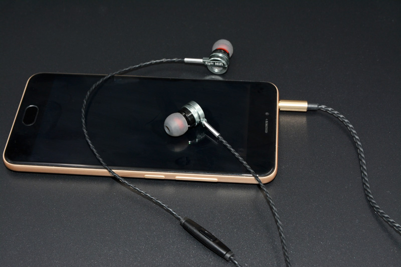 T3 TOP Sound Metal Earphone Earbuds Stereo Sound Music T3 TOP Sound Metal Earphone Earbuds Stereo Sound Music HTB1mGzWPFXXXXXJXFXXq6xXFXXX4