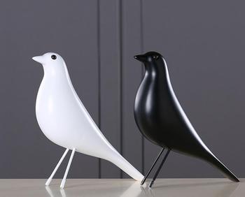 Original Europe Resin Bird Figurine Home Furnishing Decoration Craft Wedding Christmas Gift Peace Dove Statue Home Office Mascot