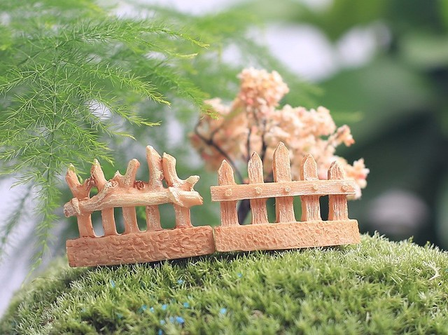 Mini Fencing 4 Designs Fence Fairy Garden Miniatures Mini Gnomes Moss  Terrariums Resin Crafts Figurines For