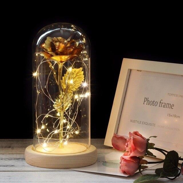 Красавица и Чудовище красная роза в стеклянном куполе на деревянной основе для подарков на день Святого Валентина - Цвет: Золотой