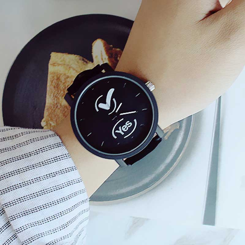 Middle School Couple Watch Yes No Letters Lovers Watches Harajuku Retro Watch Personality Hook Fork Symbol WristWatch