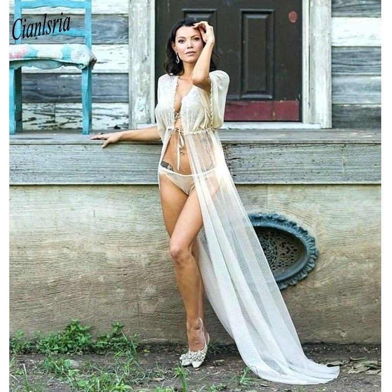 Enveloppes de mariage Sexy Tulle mariée veste robe de mariée Cape Appliques offre spéciale manto femmes accessoire de mariage