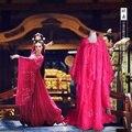 Tv leyenda de chino emperatriz Wu ventriloquía Meiniang rojo juego de la espiga vestido con una larga cola y rosa trajes de danza