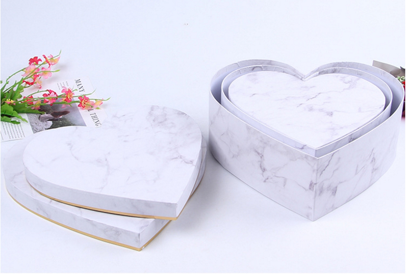 Gold Round Wholesale Preferred Decoration Heart Flower Box Foil Shaped Gift Wedding Flower Packaging Gift Box 54pcs