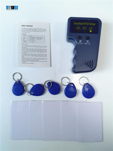 125 Khz RFID Portátil Copiadora Escritor EM4100 TK4100 RFID ID Card Duplicador + 5x T5577 EM4305 Regraváveis Keyfobs + 5x Cartão regravável