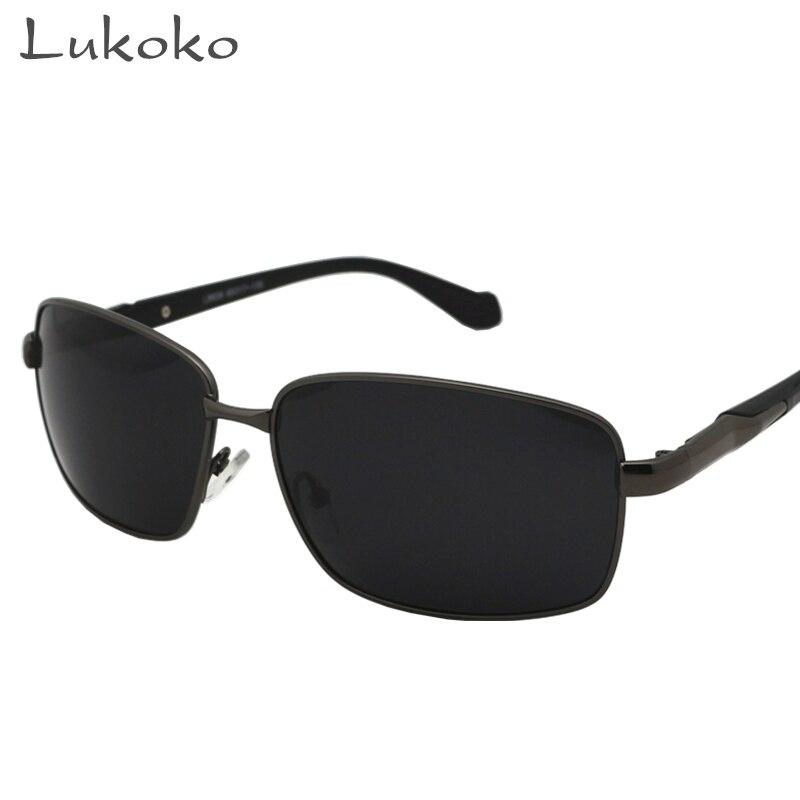 italien marque lunettes de soleil achetez des lots petit. Black Bedroom Furniture Sets. Home Design Ideas