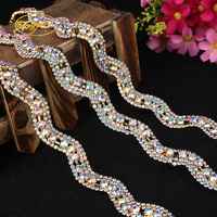 2017 Popular Style 1YD Gold Silver The Colour Wavy Rhinestone Crafts In Daily Life Sewing DIY Wedding Embellishment Collocation