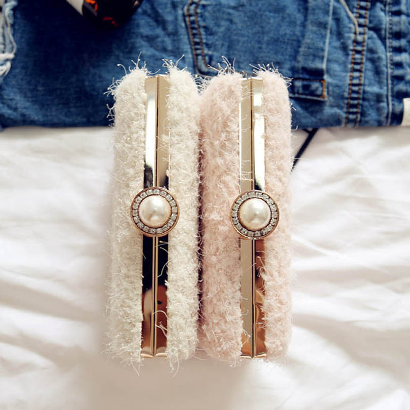 Lace Wool Decoration Clutch Bag  2