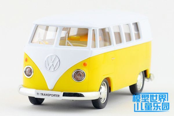 Candice guo Alloy model car collection toy Volkswagen van ran plastic motor small bus pull back children christmas birthday gift