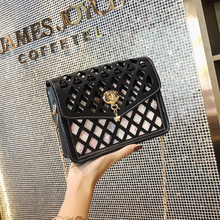 2018 New Solid Color Fashion Hollow Ladies Shoulders Evening Dress Small Square Bag Ladies Shoulder Messenger Bag Ladies Small S
