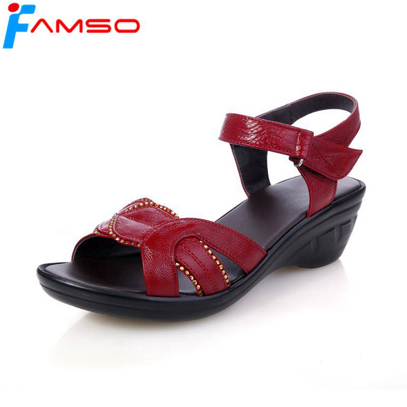 FAMSO 2018 summer Mother shoes sandals women Genuine leather Soft bottom Black red fashi ...