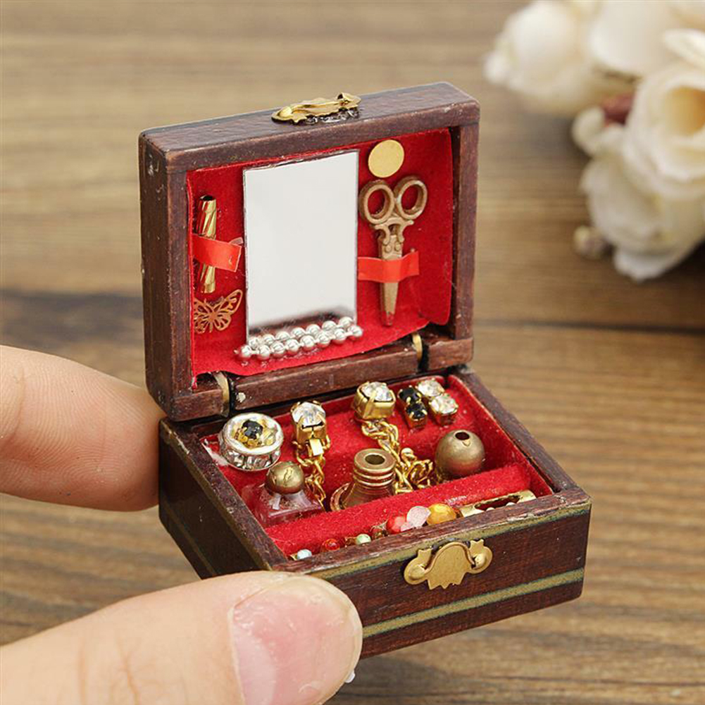 Toy Miniatures Decoration Dressing Table Gift Jewelry Box Kids Classical 1/12 Mini Luxury Furniture Doll House Ornament