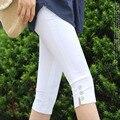 Promoção!!! 2017 Novo Design das Mulheres Cores Doces Botão Elástico Fino Capris mulher Calças Calças Leggings de Culturas frete Grátis