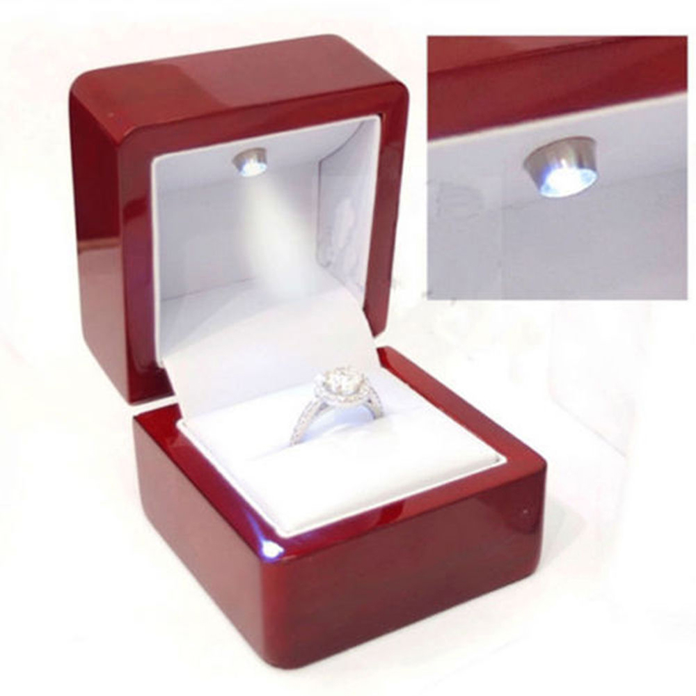 Luxury Ring Leather Box With LED Light Engagement Wedding Rings Case Boxes Red New 2018