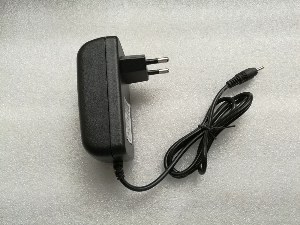9V 2.5A  3A Wall Home Charger EU US Plug for PiPo M2 M3 M6 Pro M6 M8 3G Tablet Power Supply Adapter DC 2.5x0.7mm  2.5*0.7mm