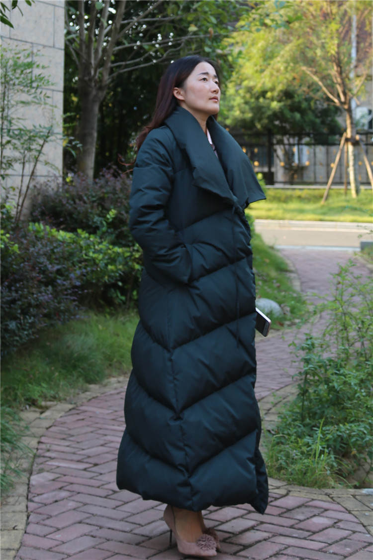 2018 New Winter Fashion Duck   Down     Coat   For Women Thick Outwear Ladies Jackets Parka X-Long Maxi Ankle Length Green Black XXL 2XL