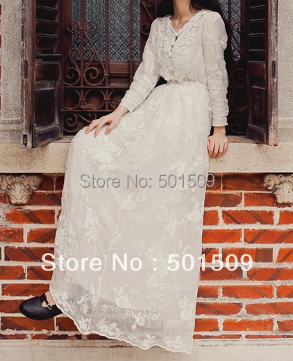 white lace embroidery fullsleeve long medieval dress Renaissance lace Gown princess costume Victorian Gothic Lo/Marie Antoinette