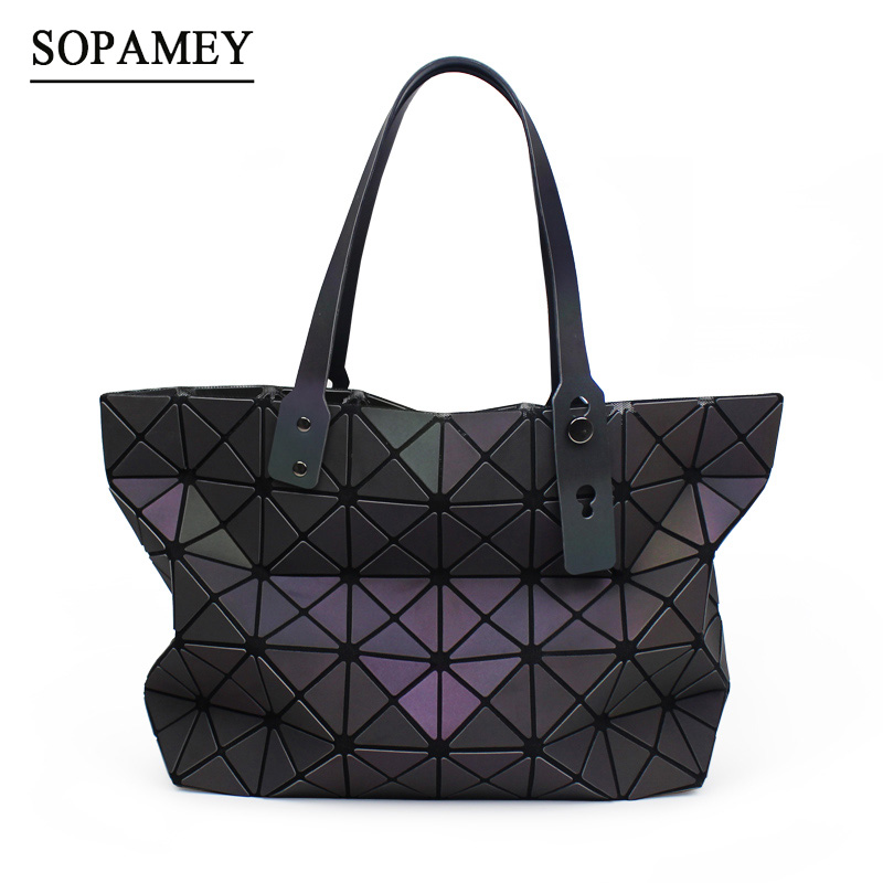 SOPAMEY New Women BaoBao Bag Geometry Luminous Sequins Plain Folding Shoulder Bags Tote Famous Brands Handbags Bolsas Sac a Main handbags women trapeze bolsas femininas sac lovely monkey pendant star sequins embroidery pearls bags pink black shoulder bag