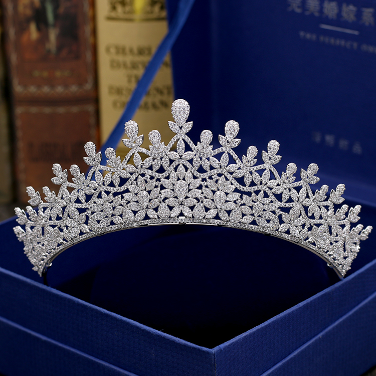 Classic Full 5A CZ Cubic Zirconia Royal Wedding Bridal Silver Tone Tiara Crown Women Girl Party Hair Jewelry Accessories S00032