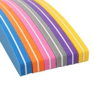 Image 4 - Lixa de unha esponja 50 peças, para manicure tampão de unha bloco 100/180 colorido barco esmeril placa lime a ongle