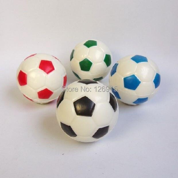 376bccbe9a673 Envío libre 6 cm juguetes de fútbol pelota de goma suave de goma pequeña de  baloncesto