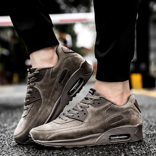 Zapatos deportivos de alta calidad para hombre, cómodos, respiradores, suela de aire, zapatos de cuero retro, zapatos para correr al aire libre sencillos, de peso ligero