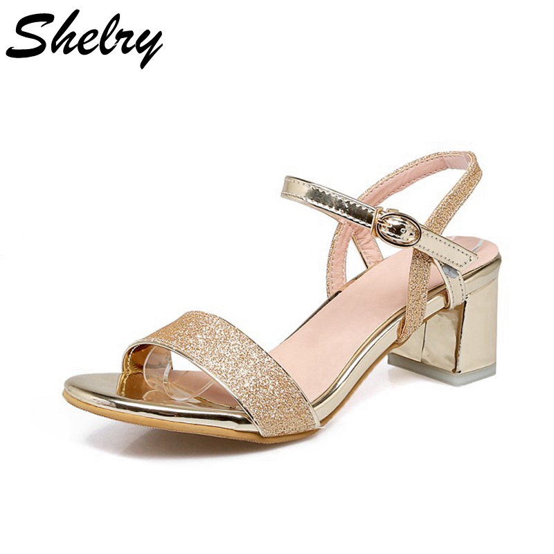Shop the hottest trends in Ladies fashion footwear and get the celebrity look at Chockers Shoes. Specialists in Ladies Shoes, Ladies Boots, Ladies Heels and Ladies Footwear.
