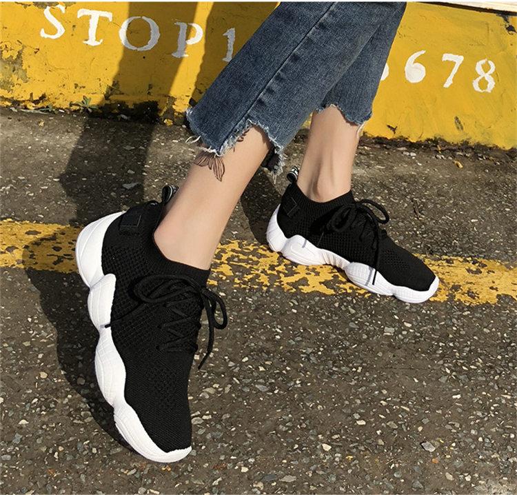 Women Vulcanized Mesh Sneakers 10