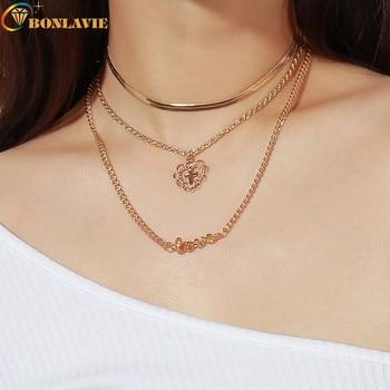 fde9be4ae5b6 Venta al por mayor nuevo alfabeto Rhinestone amor cadena Collar para mujer  Multi-capa de colgante de collar para las mujeres