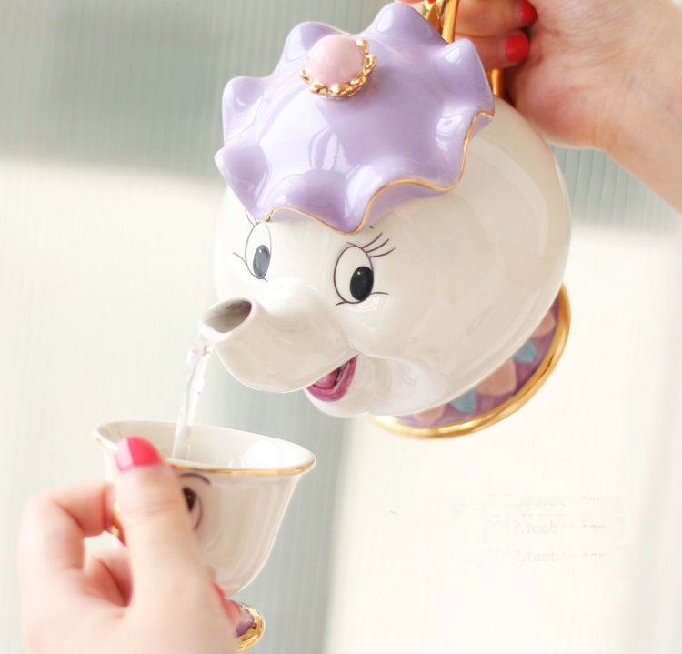 Hot Sale Cartoon Beauty and The Beast CHIP Tea tea set Mrs. Potts and Chip Tea Pot and Cup Set Ceramics Cup Gift Collection
