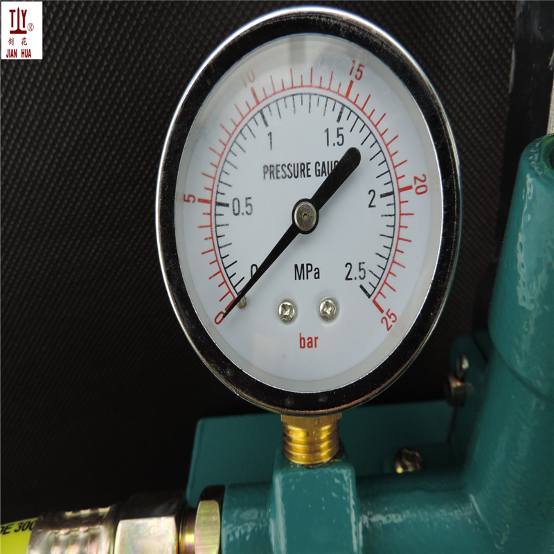 Free Shipping A New manual pressure test pump 25kg hand pressure testing pump 2 5bar Manual