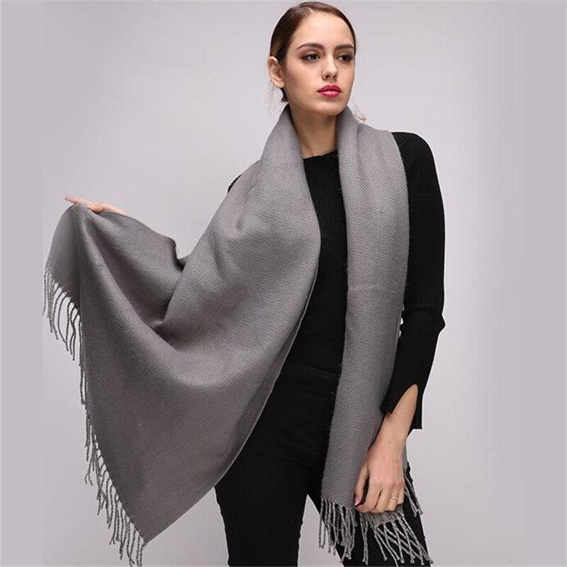 1e7aae9a04ae97 Bekleidung Zubehör Einfach Spitze Design 2018 Neue Poncho Frauen Mode  Zeigen Pashmina Kaschmir-wie Schal Winter Schal Cape Luxus Marke Schals Für  Damen