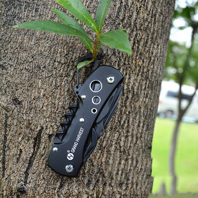 Foldable Stainless Steel Multitool Pocket Knife
