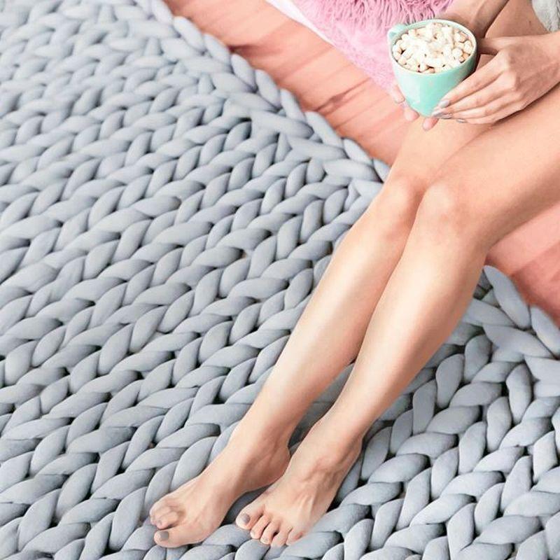 Image 2 - 127*152cm Fashion Hand Chunky Wool Knitted Blanket Thick Yarn Merino Wool Bulky Knitting Throw Blankets Chunky Knit Blanket-in Blankets from Home & Garden
