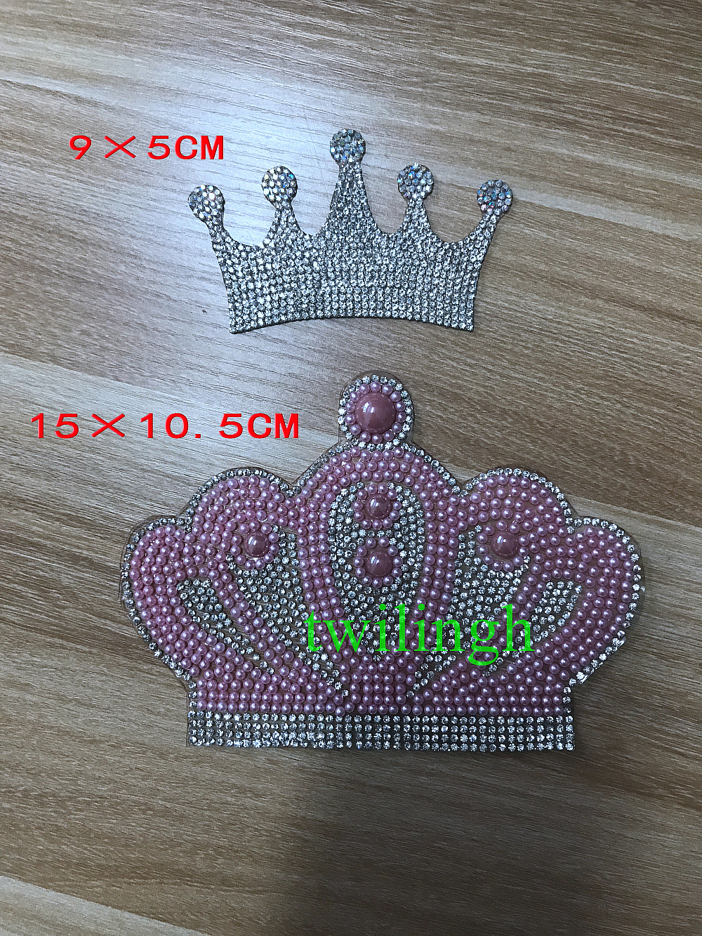1 Piece Crown Patch DIY Iron On Patches Hot Fix Rhinestone Applique Ironing  Clothing Supplies Decoration f777c346651f