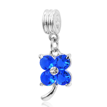2016 New Four Leaf Clover Charms Silver Plating Crystal Jewelry Dangle Beads fits European Charm Pandora Bracelets