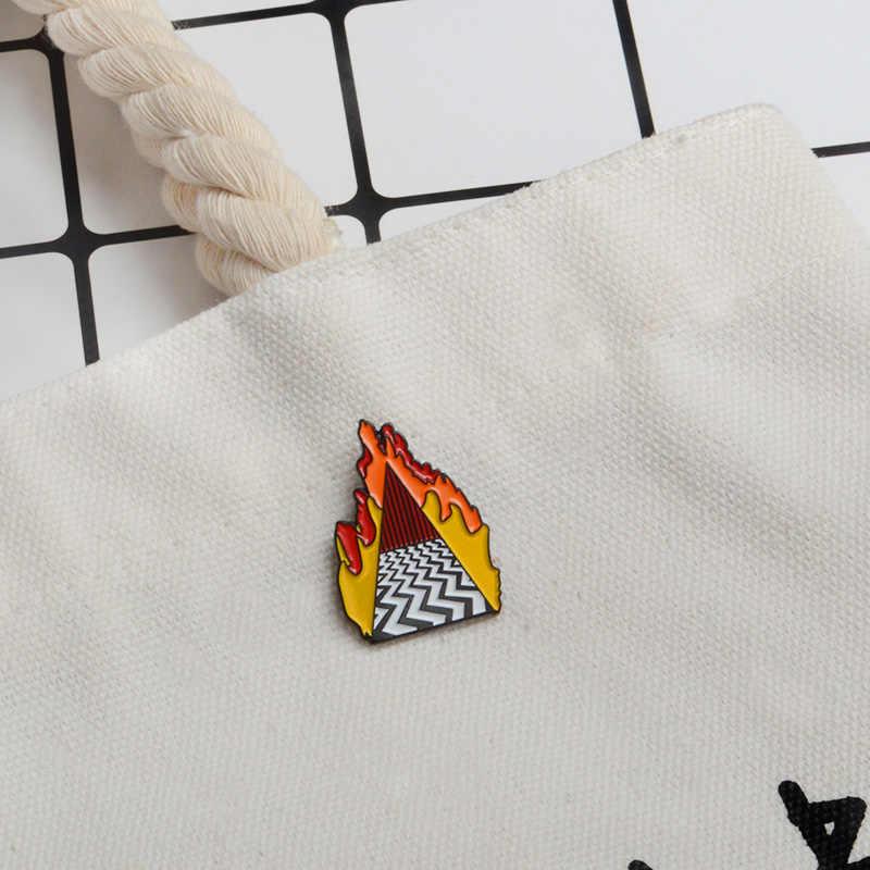 Lynch стиль эмаль булавки Твин Пикс значок красный брошь для штор значки джинсовая куртка джинсы рубашка сумка Кнопка булавки подарок для друзей веер