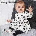 Primavera 2016 Hello Kitty Niñas Bebés Ropa 2 unids vestido de estilo casual de algodón que arropan top + leggings chándal para las niñas