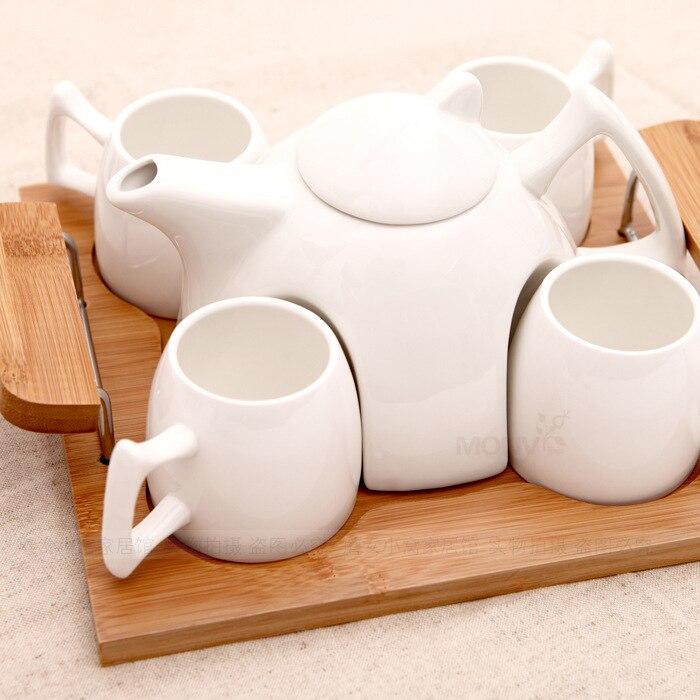 L'ensemble de thé en porcelaine blanche de haute qualité comprend 1 pot et 4 tasses et 1 plateau-in Services à thé from Maison & Animalerie    1
