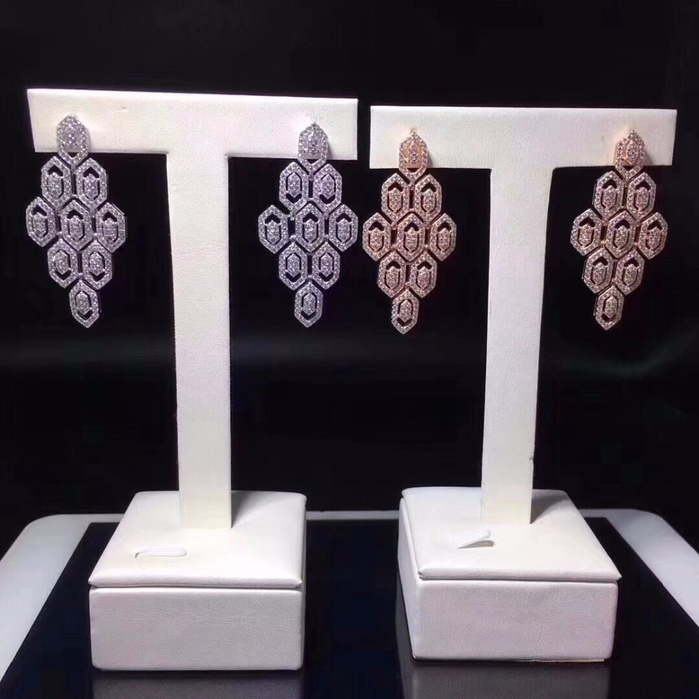 Qi Xuan_Jewelry_New Earrings Geometric Earrings S925 Silver Inlay Zircon Elegant And Irregular Irregular_Factory Direct Sales